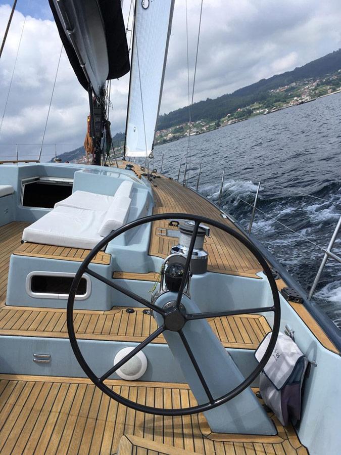 """Prueba de mar y test de navegación a bordo de Ro 62 """"Grand Jotiti"""" en Sanxenxo y ría de Pontevedra."""